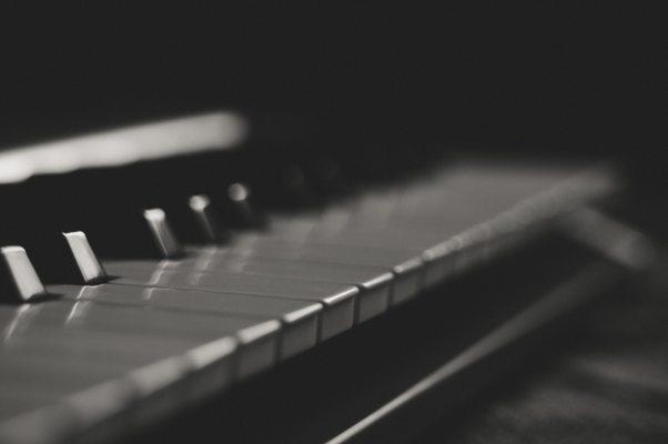 black-and-white-blur-classic-734918.jpg